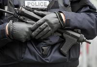 Voici-la-France-entree-en-etat-d-urgence_image_article_large